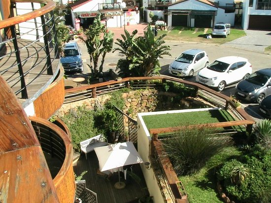 African Perfection Jeffreys Bay: View down to outside patio of restaurant