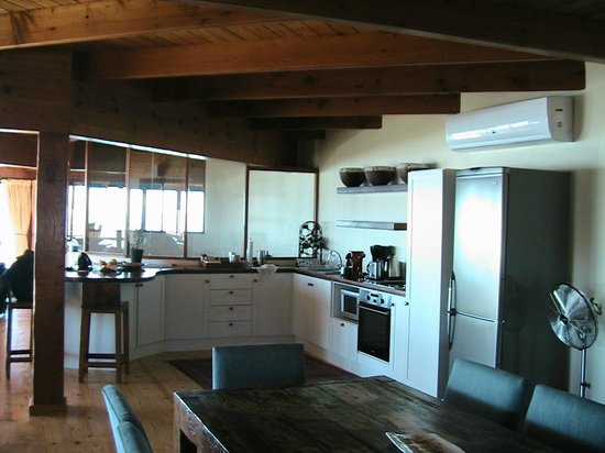 African Perfection Jeffreys Bay : Kitchen in Penthouse Suite