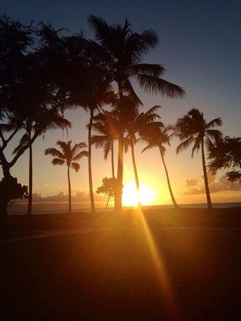 The Westin Kaanapali Ocean Resort Villas: Sunset from the resort