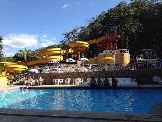 Santo Antonio do Leverger, MT: Tobogán, juegos infantiles acuáticos, piscinas.