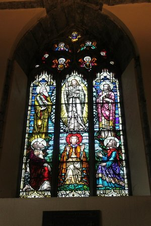 St. Nicholas' Collegiate Church: Stained glass