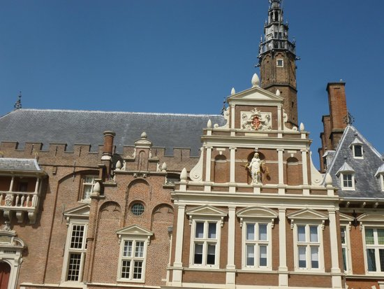 Grote Markt: CITY HALL