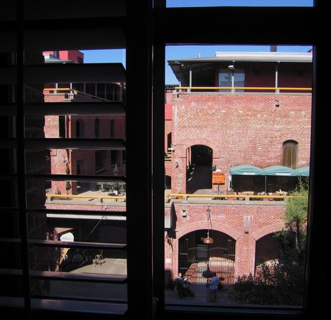 Argonaut Hotel : View of Cannery Building over Courtyard