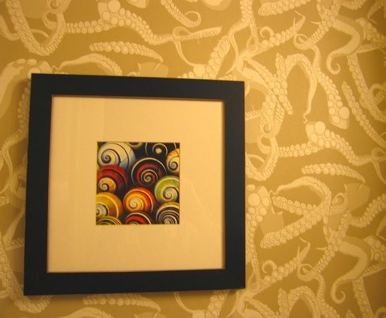 Argonaut Hotel, A Noble House Hotel: Bathroom Art and Wallpaper