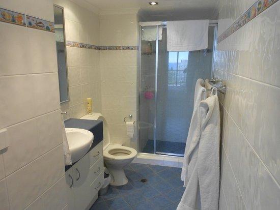 Aristocrat Apartments Gold Coast: Bathroom