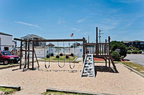John Yancey Oceanfront Inn: Playground