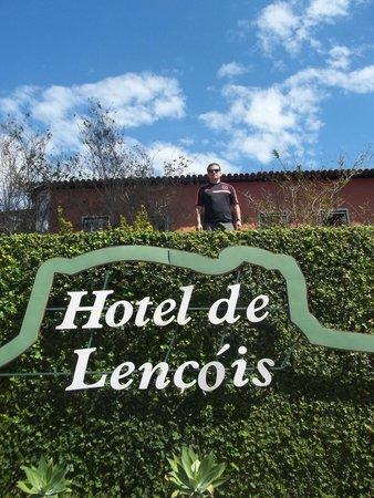Hotel de Lencois: Muro do Hotel