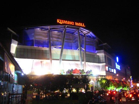 Gunung Lambak: Kluang Mall