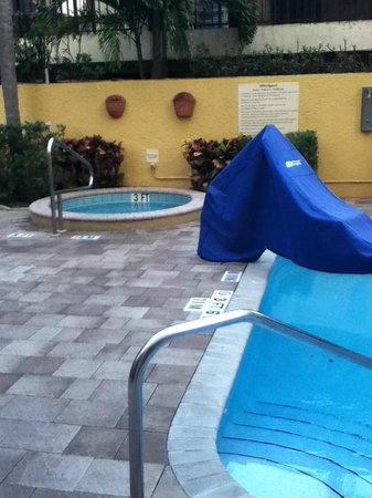Hampton By Hilton Miami-Coconut Grove/Coral Gables : Hot tub