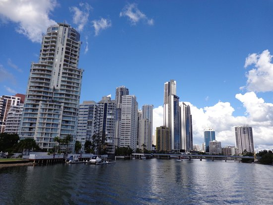 Surfers Paradise River Cruises: Crusing on the Nerang River