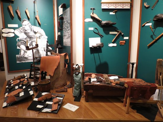 Museum of Early Trades & Crafts: Cobbler (shoe making) Exhibit