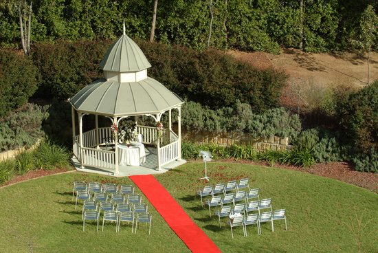 Novotel Sydney Norwest: Gazebo Wedding