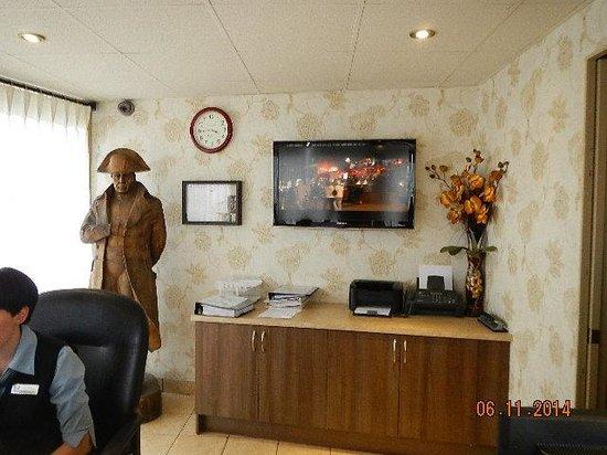 Hotel Motel Bonaparte: lobby