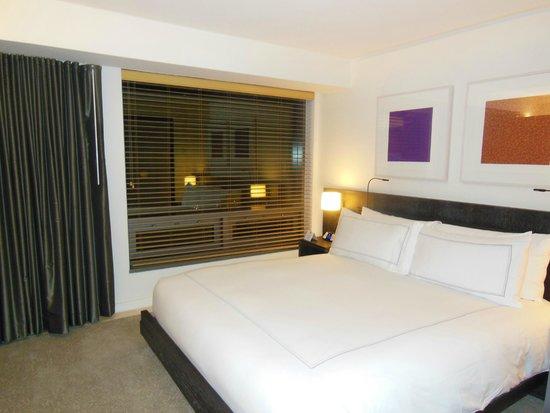 Conrad New York: Sleeping Area of Room
