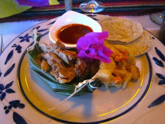 Restaurante Mar y Cielo: The fab slow baked pork course