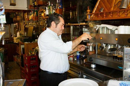La Posada Del Infante: Antonio, an owner