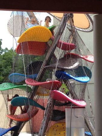 McKenna Children's Museum: Outdoor climbing structure