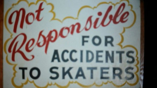 Topsail Beach Skating Rink : Love the retro signage
