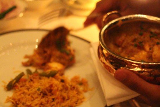 The Leela Palace New Delhi: Jamava Dining