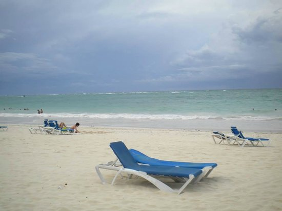 Bavaro Princess All Suites Resort, Spa & Casino: The beach on our first day