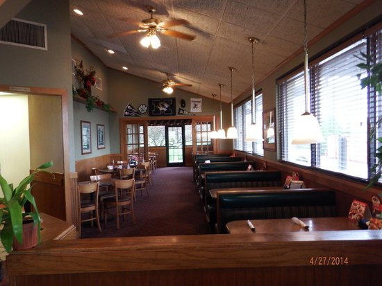 Perkins Restaurant and Bakery: inside perkins tables, booths