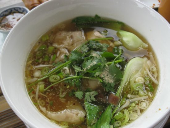 Teton Thai: 美味しかったダンプリングスープ11ドルでした。