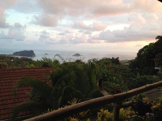 Emilio's Cafe: Sunset view