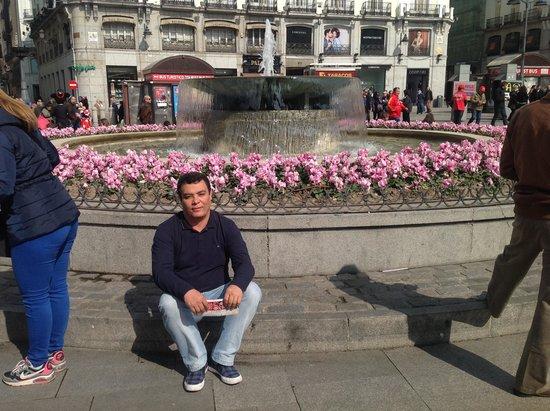 Puerta del Sol : eu em Puerta do Sol
