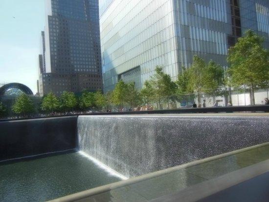 Mémorial du 11-Septembre : Massive