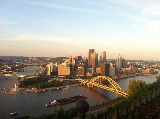 Mount Washington: View of Pittsburgh from mt. Washington.