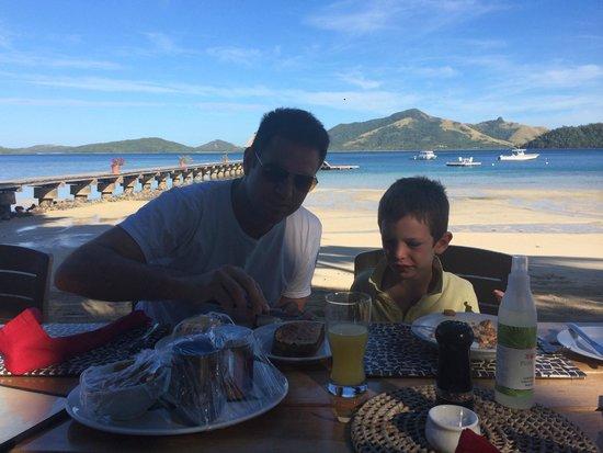 Turtle Island Resort: Breakfast