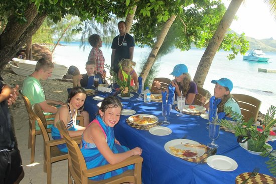 Turtle Island: Kids lunch table