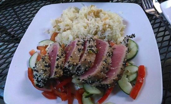 City Cafe: Sesame Crusted Seared Rare Tuna