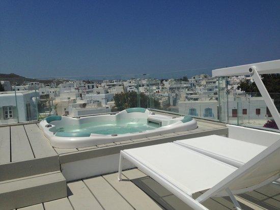 Semeli Hotel: Jacuzzi