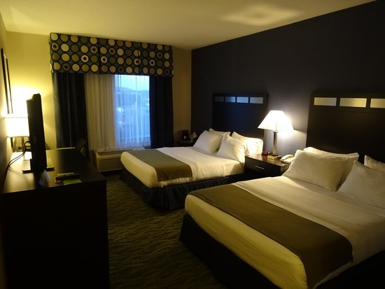 Holiday Inn Express Hotel & Suites Dubois: nice clean room #115