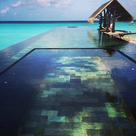 One&Only Reethi Rah : Adult Lap Pool
