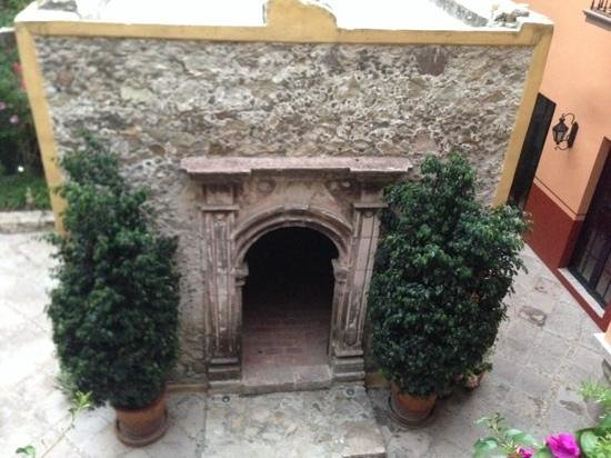 Antigua Capilla Bed and Breakfast: my favorite structure on property the Antigua Capilla