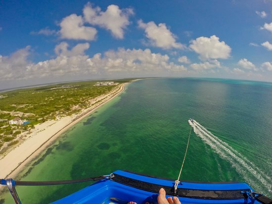 Excellence Playa Mujeres: Parasailing - highly recommended