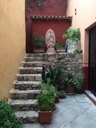 Antigua Capilla Bed and Breakfast: private alcove next to the capilla