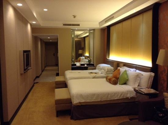 Dusit Thani Pattaya: room