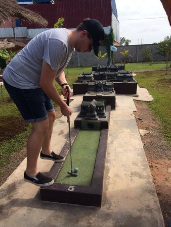 Angkor Wat Putt: The most challenging temple in Cambodia!