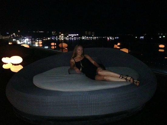 Hilton Pattaya: один из баров