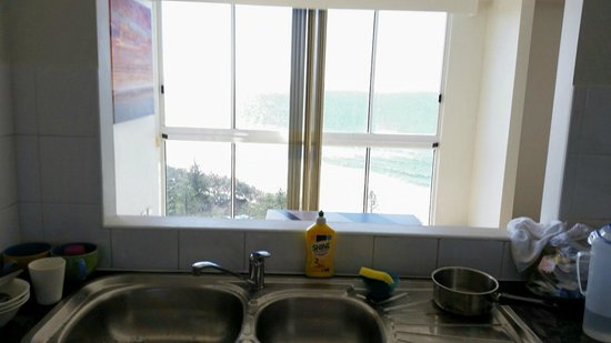 Xanadu Holiday Resort : View from the washing sink at the Kitchen