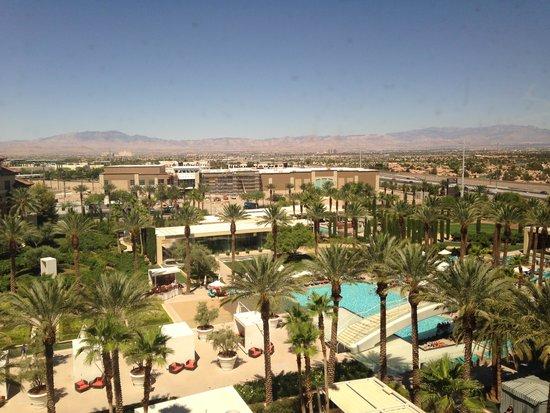 Green Valley Ranch Resort and Spa: Resort view