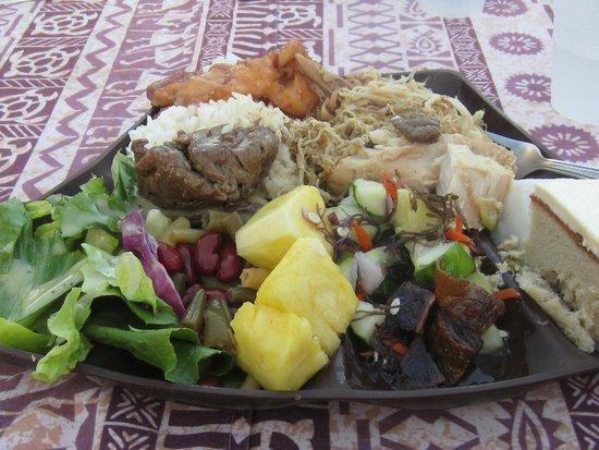 Island Breeze Luau: great food