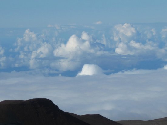 Mauna Kea Summit: looking out over the clouds above the observatory