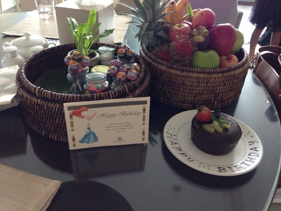 Oriental Residence Bangkok: Birthday surprise for my 7 year old!