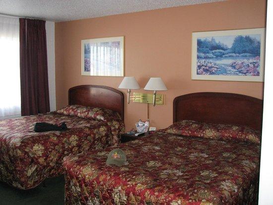 Maverick Motel : tastefully decorated