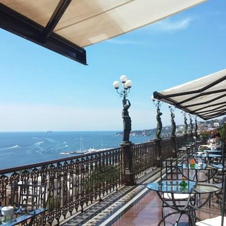 "Grand Hotel Parker's : Breakfast ""all'aperto"""
