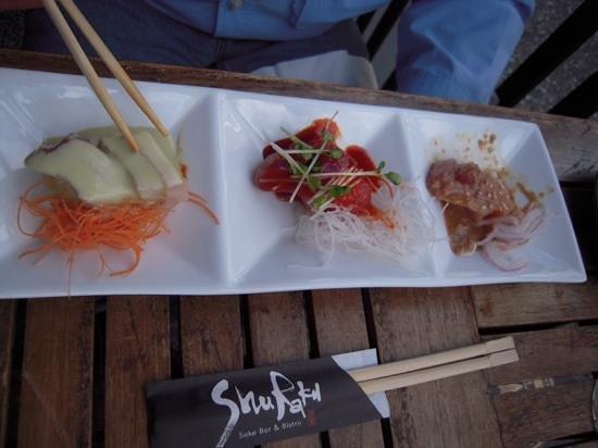 Shuraku Sake Bar & Bistro : 3 way tuna